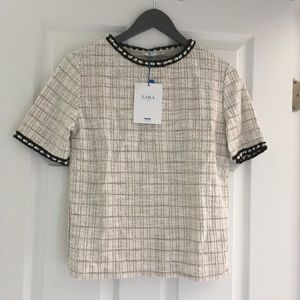 Zara Tops - Zara texture top with faux pearl band size M